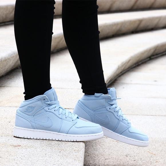 brand new 560e7 5c061 Nike Air Jordan 1 mid ice blue white shoes women's NWT